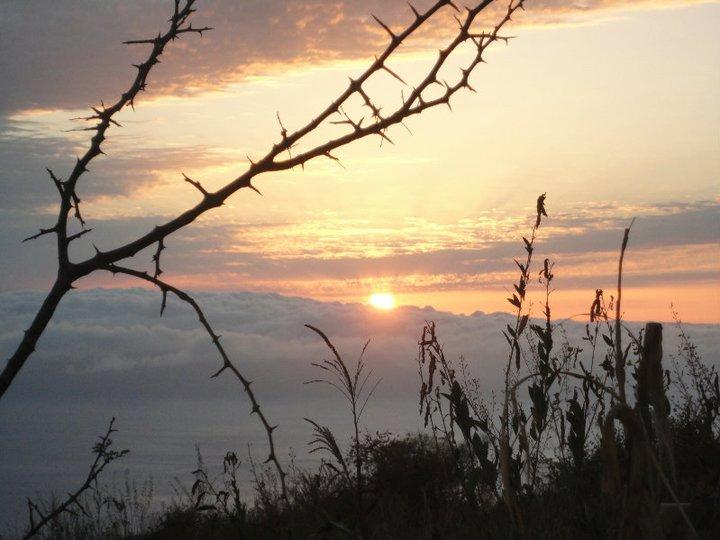 Pôr-do-sol em Cabo Verde na Ilha do Fogo, visto do vulcão | Foto de Filipa Assis Nunes (174)