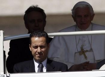 Paolo Gabriele era a primeira e a última pessoa a ver o Papa todos os dias, escreve o <i>Corriere della Sera</i>
