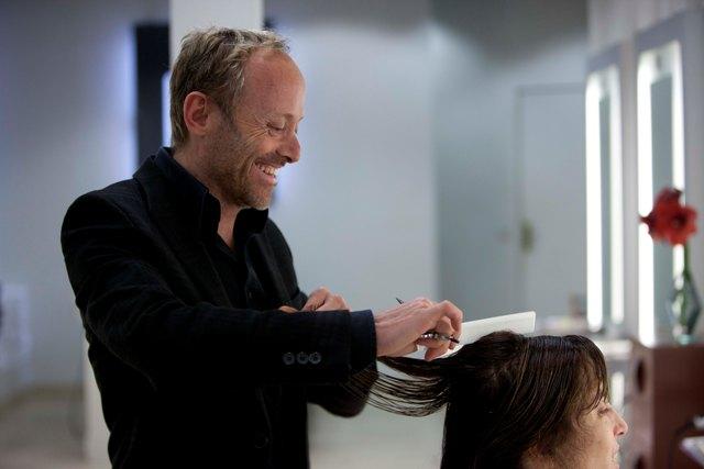 Mário Lopes quer mudar os cabelos de Carla Bruni-Sarkozy