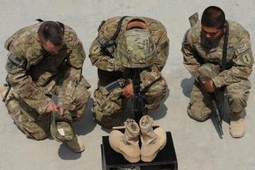Entre Janeiro e Junho de 2012, morreram mais soldados por suicídio do que em combate no Afeganistão