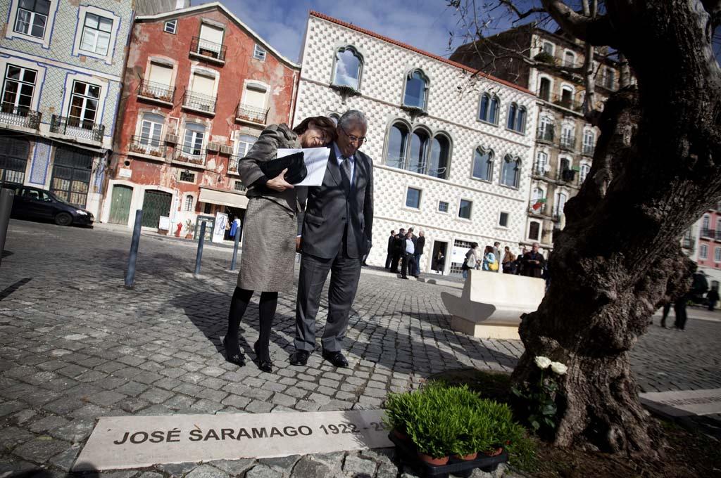 Pilar del Rio recebeu as chaves da Casa dos Bicos, em Novembro de 2011
