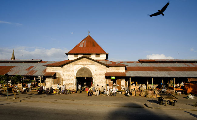 Mercado de Darajani, o maior de Zanzibar