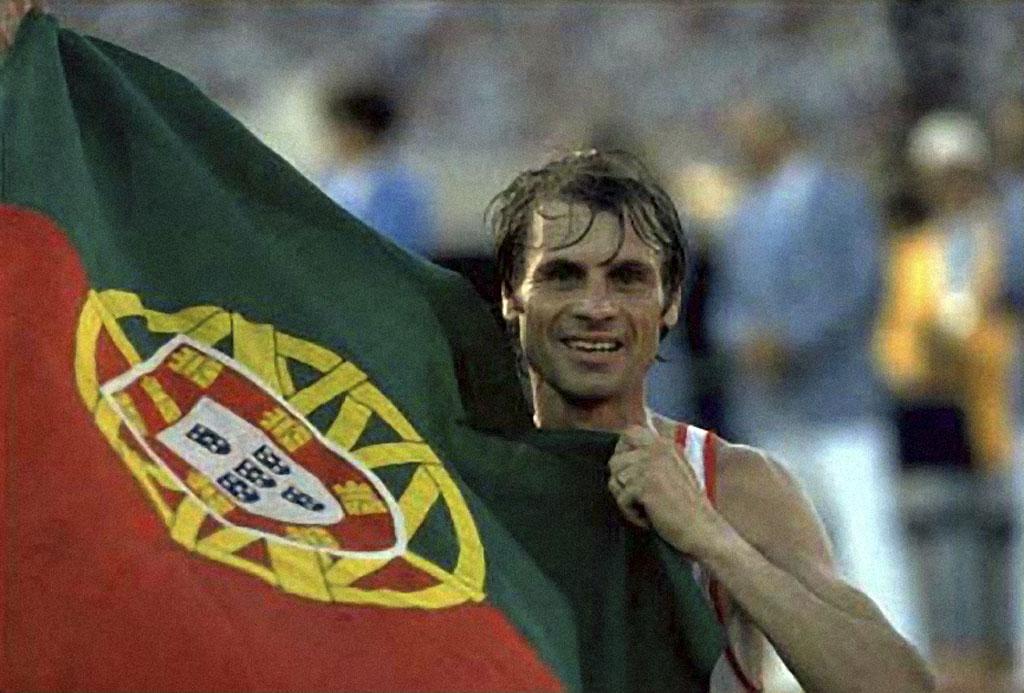 <p>Carlos Lopes, vencedor da maratona nos Jogos de 1984</p>