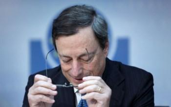 <p>Draghi excluiu a atribuição de uma licença bancária ao fundo de resgate europeu</p>