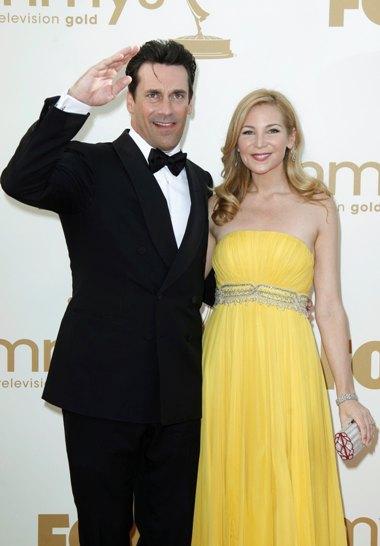O protagonista da série Mad Men, Jon Hamm e a namorada Jennifer Westfeldt