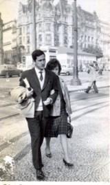 Final dos anos 1950, Porto Os meus pais, ainda na universidade. Casariam em 1964, proposta de emprego na Figueira da Foz em 1967, onde eu nasci em 1968. Sem eles, como poderia falar de mim?