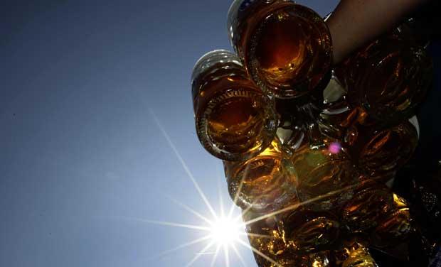 Canecas prontas: o festival da cerveja abriu dia 17 e prolonga-se até dia 3 de Outubro.