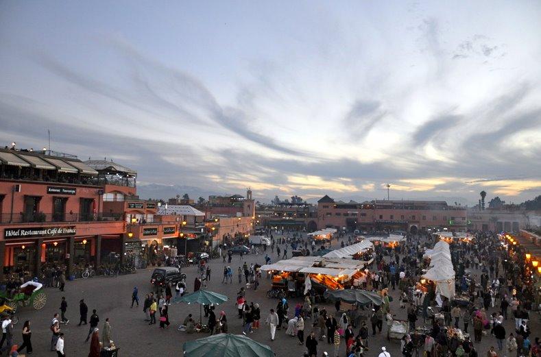 Marrocos, Marraquexe, Djemaa el Fna, no dia 17/12/10 - por Paulo Rodrigues