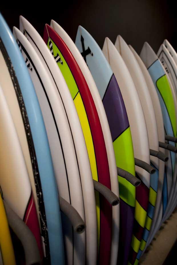 Pranchas de surf criadas por Luke.