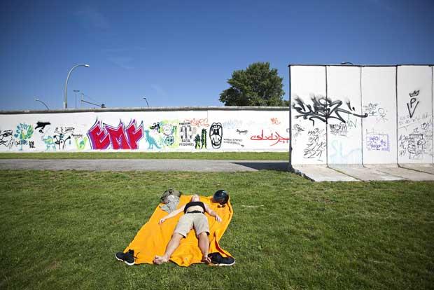 Tindergarten, Muro de Berlim