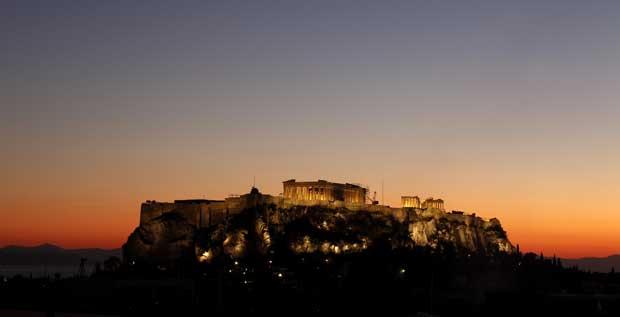 Grécia, Atenas, 19.10.2011 | Pôr-do-sol sobre a Acrópole.
