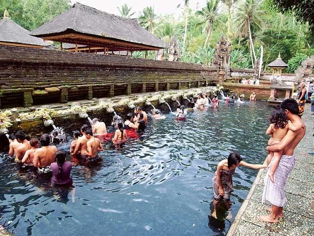 Bali: Purificação no Templo da Sagrada Primavera