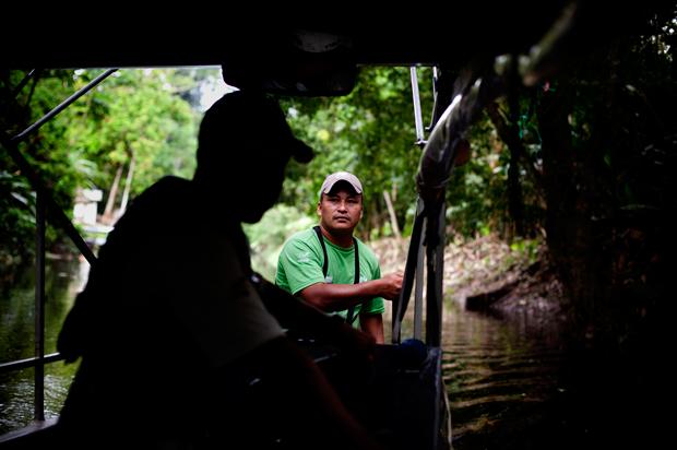 No interior do Parque Yasuní só existe um hotel, o Napo Wildlife Center, explorado pela comunidade kichwa Añangu, onde trabalham 26 dos 34 homens da aldeia em idade activa.