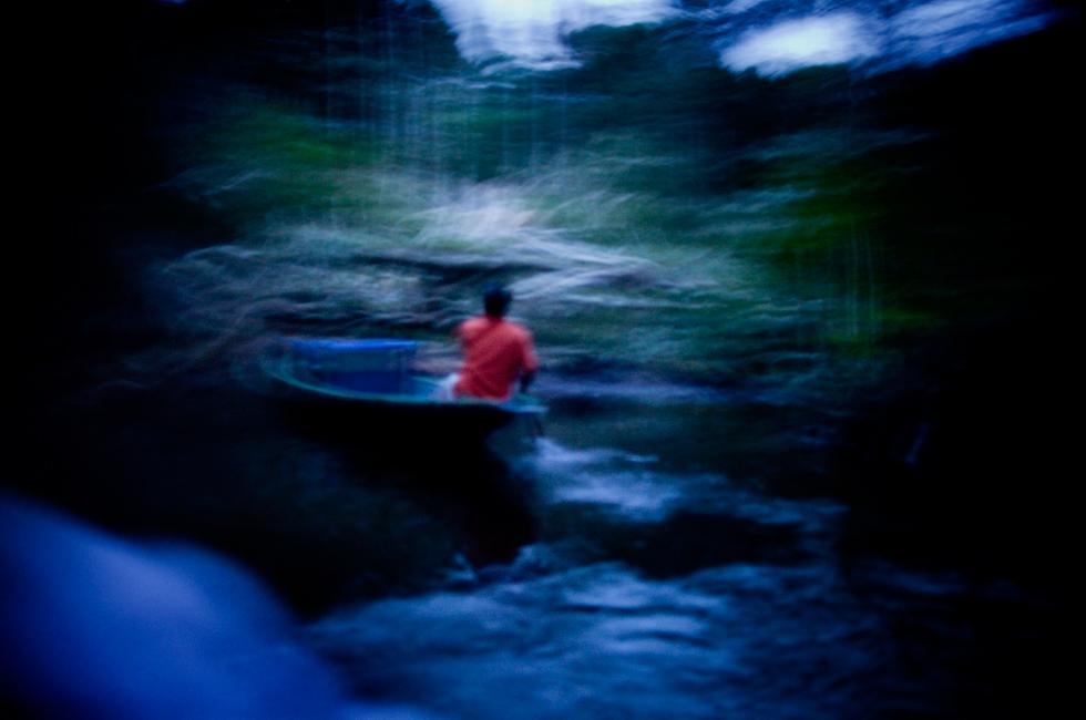 Nas águas do rio Napo.