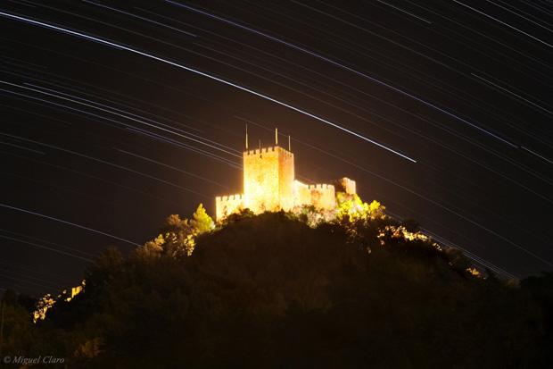 Rasto das estrelas da constelação Piscis Aaustrinus, obtida no Castelo de Sesimbra, em 02/10/2010 entre as 00h30 e as 02h17.
