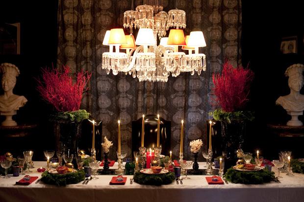 Mesa de consoada criada por Álvaro Roquette, antiquário e designer de interiores