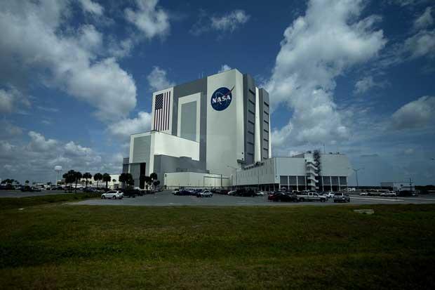 Kennedy Space Center - é aqui que são acoplados os foguetões às aeronaves antes da colocação nas rampas de lançamento