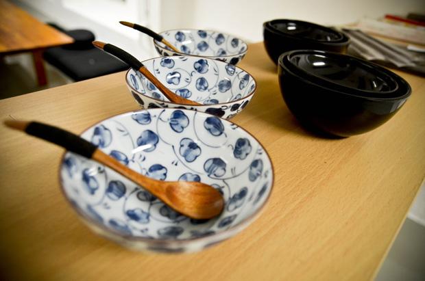 Recipientes usados para comer o genmai.