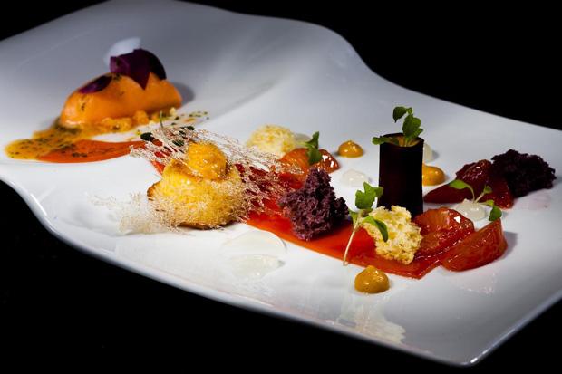 """""""Cenoura"""", a sobremesa de Dieter Koschina"""