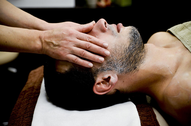 Cuidar da pele no masculino