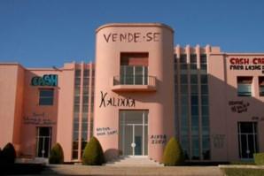 Fachada da Casa de Serralves enche-se de graffiti