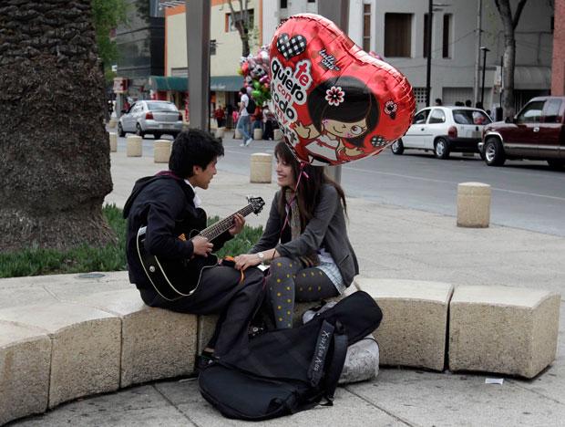 MÉXICO. Serenata na Cidade do México. No balão