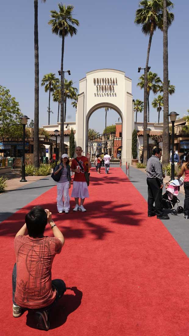 À entrada dos míticos estúdios da Universal.