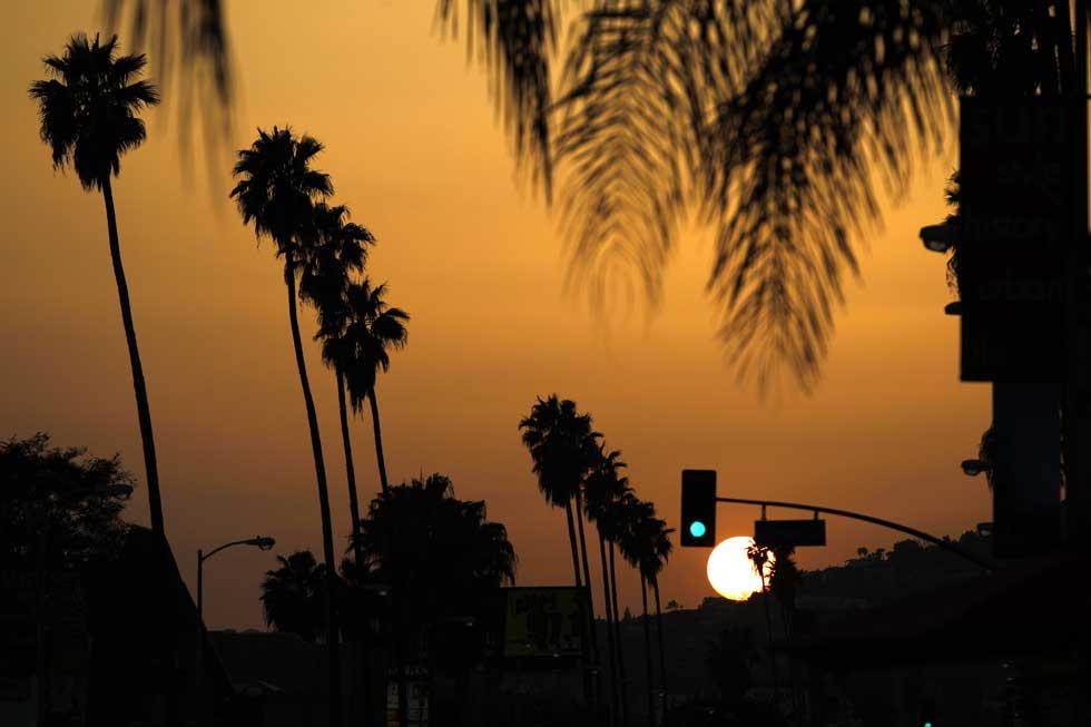 Cai a noite sobre LA