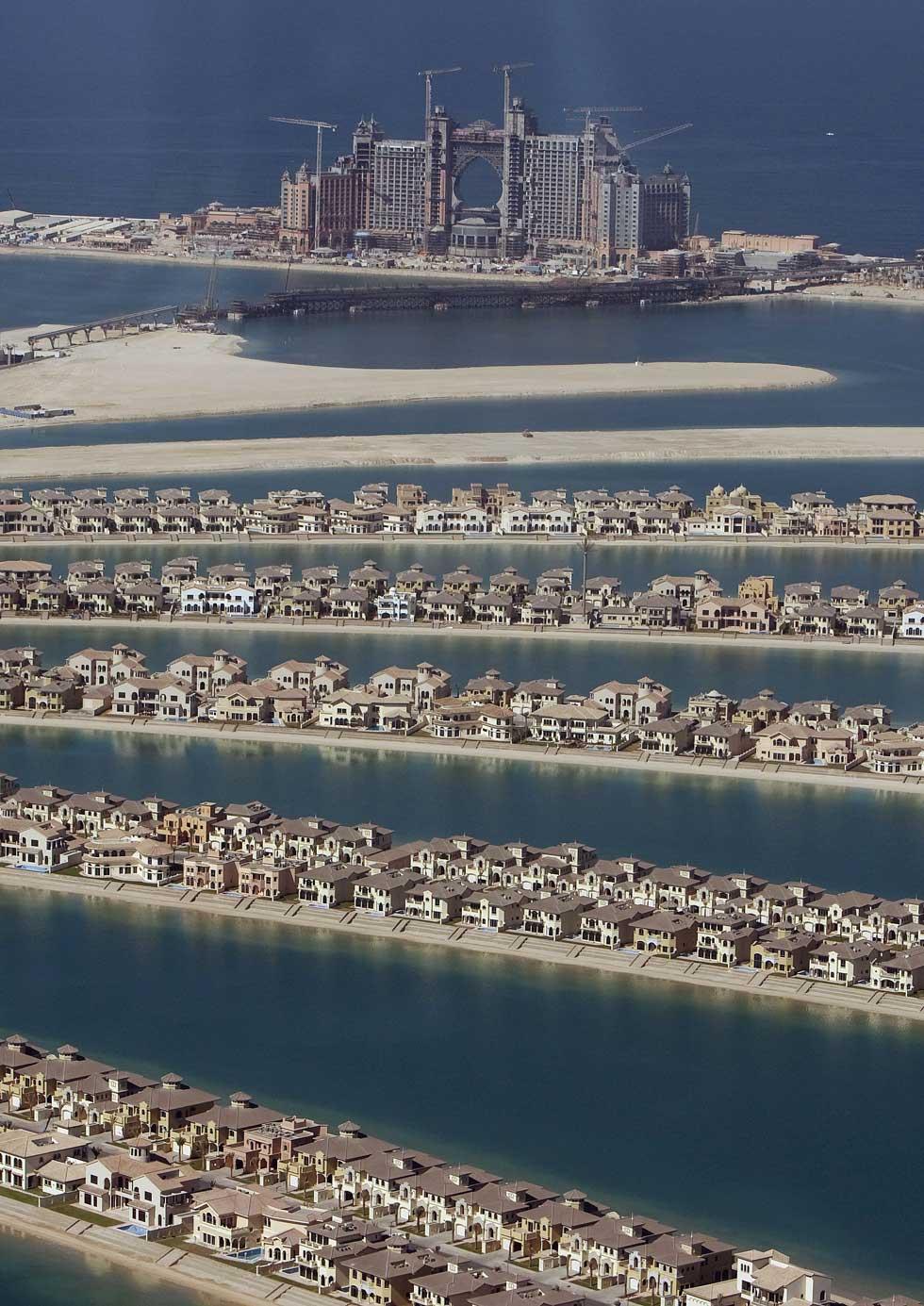 Um momento do desenvolvimento e construção da  Palm Island Jumeirah
