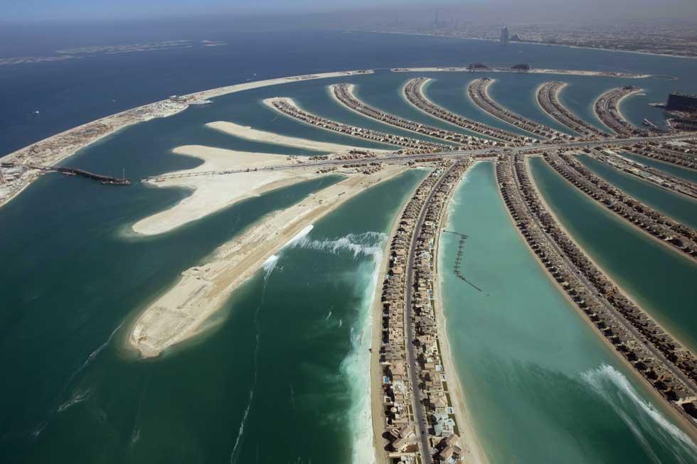 Vista aérea da Palm Island, numa altura em que se terminavam algumas residências, em 2007