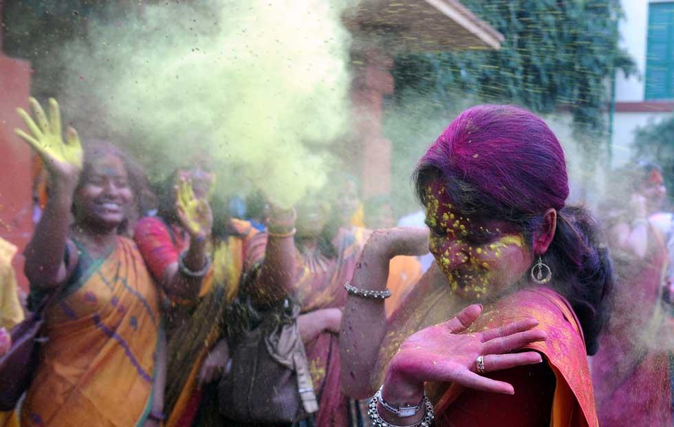 No Festival da Primavera, em Calcutá