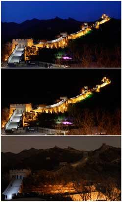 CHINA, 31.03.2012. A Grande Muralha em três momentos da Hora do Planeta: no sábado à noite, aderentes por todo o mundo apagaram as luzes por uma hora.