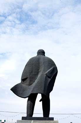 Estátua de Lenine em Novosibirsk, Sibéria