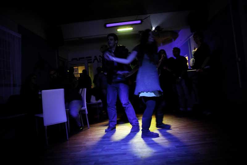 Outras danças, na discoteca Oceanus
