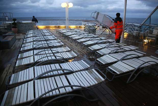 Preparativos do deck em pleno Atlântico