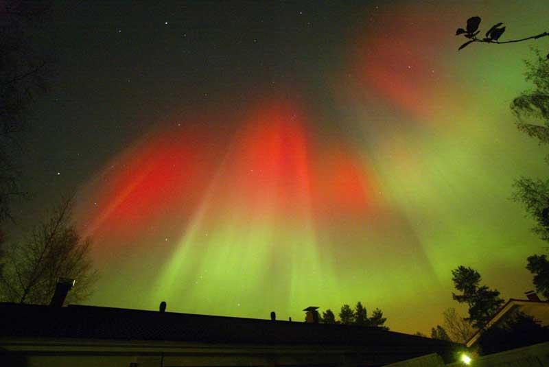 Aurora Boreal sobre Hyvinkaa, Finlândia (31.10.2003)