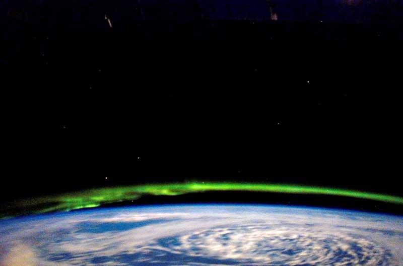 Aurora Boreal com os olhos no Golfo do Alasca a partir da Estação Espacial Internacional (21.03.2008)