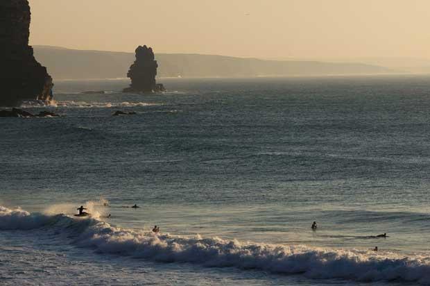 PRAIAS DE ARRIBAS. Praia da Arrifana - Aljezur - Faro, Algarve