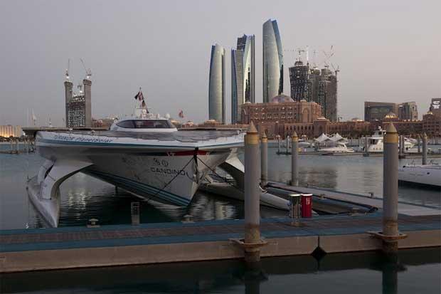 Em Abu Dhabi, Janeiro 2012