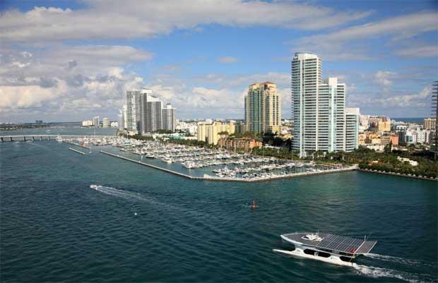 Em Miami, Novembro 2010
