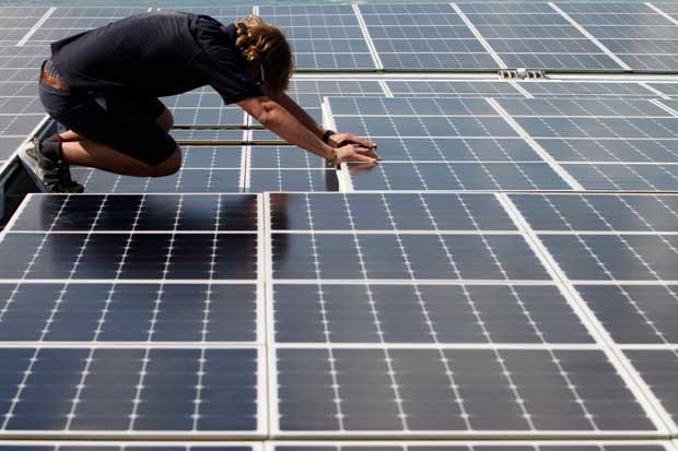 A preparar os painéis solares