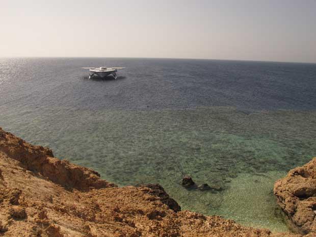 Pelo Mar Vermelho, Março 2012
