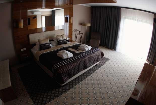 ESPANHA. Hotel Mistral, Gniewino, Polónia