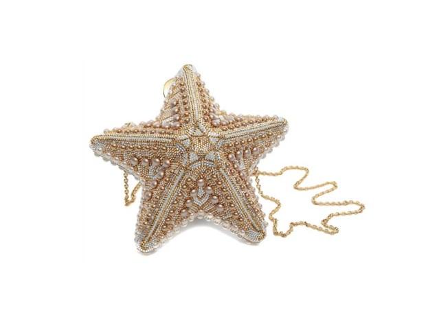 Clutch estrela do mar|Judith Leiber|€3,906|Em Couturelab.com