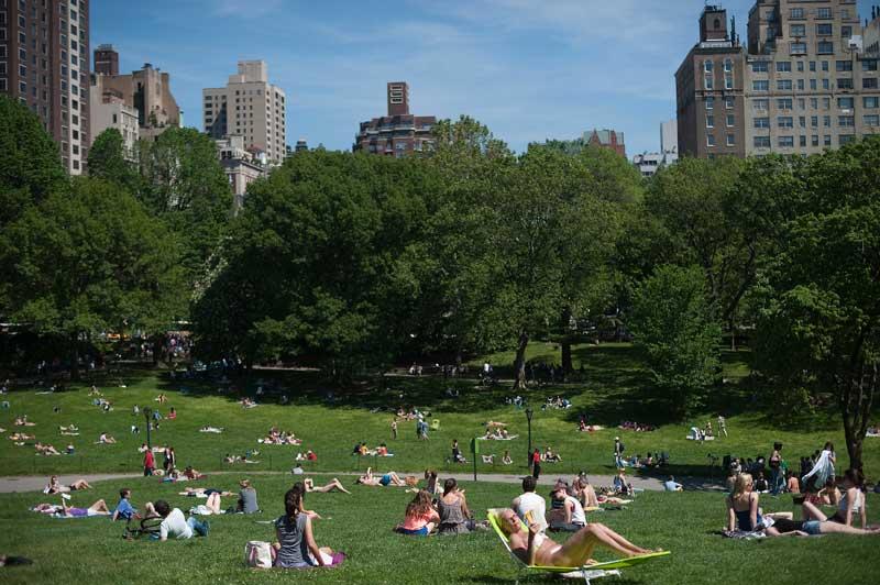 EUA, 12.05.2012. Em dia quente, o Central Park de Nova Iorque é uma