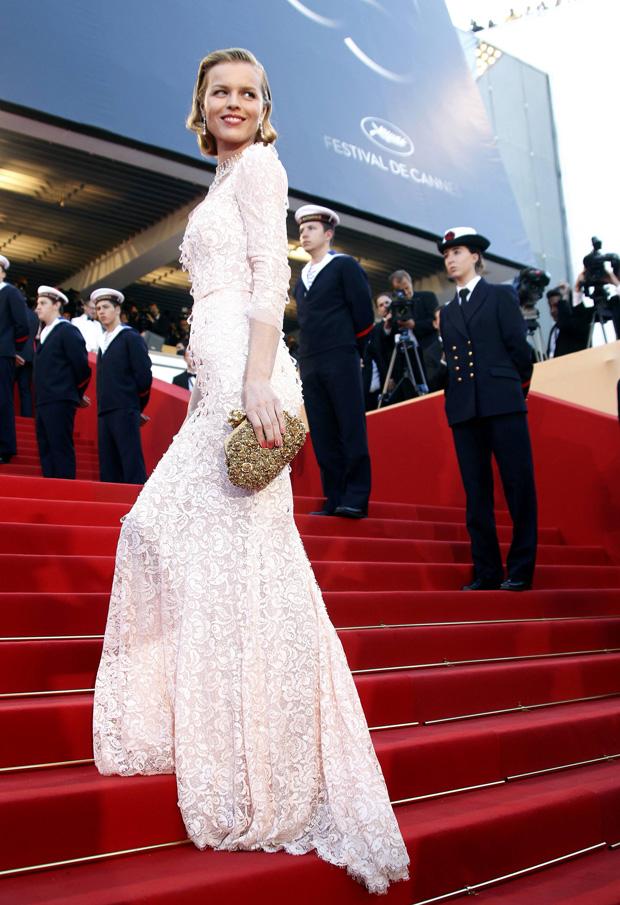 Eva Herzigova em Dolce&Gabbana