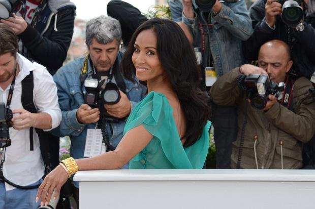 Jada Pinkett Smith posa para os fotógrafos durante a tarde para promover o terceiro filme da série Madagascar