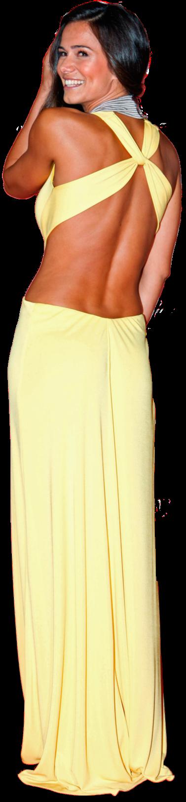 Se há pessoa que pode usar este vestido BCBG Max Azria é Cláudia Vieira. O corte ousado pode desfavorecer tanto figuras demasiado esguias, como outras com mais volume, mas, no caso da actriz, acentua as curvas nos sítios certos. O amarelo pálido combina muitíssimo bem com o tom de pele moreno de Cláudia, que também acertou na escolha do penteado: elegante e sensual.