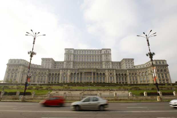 O palácio do Parlamento em Bucareste