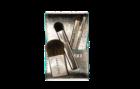 Desert Twilight Brush Set: dentro de uma bolsa chique estão quatro pincéis para olhos, lábios e maçãs do rosto.